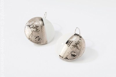 Ilse Collectie platina rond porseleinen oorhangers
