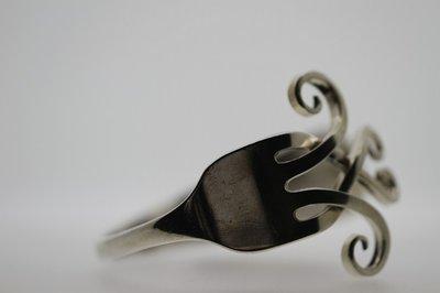 Zilveren Vork groot als armband besteksieraad