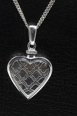 Zilveren Hart bewerkt ashanger