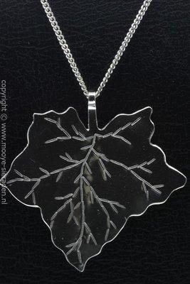 Zilveren Klimop blad ketting hanger - groot