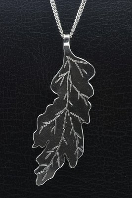 Zilveren Eiken blad krom handgemaakt XL ketting hanger