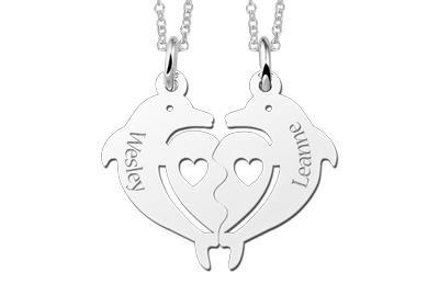 Zilveren graveerplaatje breekhanger Dolfijnen met hartje ketting hanger