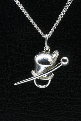 Zilveren Majorettenmuts ketting hanger