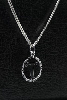 Zilveren Letter T ketting hanger - rond