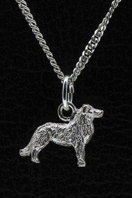 Zilveren Australische shepherd met staart ketting hanger - klein