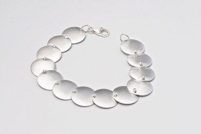 Zilveren design armband Besire 19 cm
