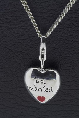 Zilveren Hart Just Married hanger en/of bedel