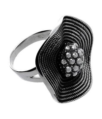 ZilverenRing design bloem zwart geoxideerd
