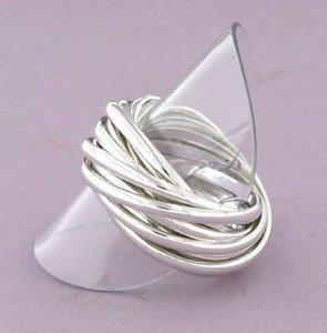 ZilverenRing design bestaande uit 13 losse ringen