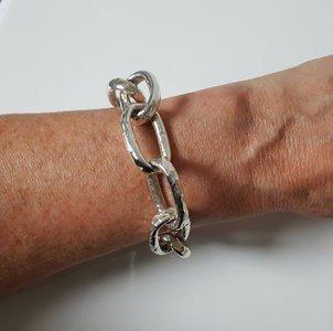 Zilveren gehamerde ringen 23,5 massief XL armband